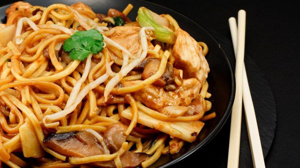 Panda Express vegan chow mein