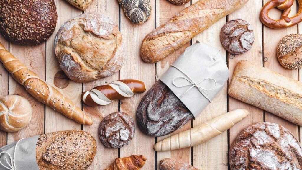 vegan bread at Cracker Barrel