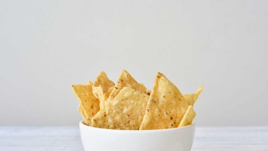Vegan tortilla chips varieties